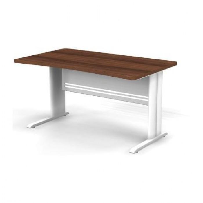 Стол прямоугольный на металлической опоре 140x85x74 Berlin