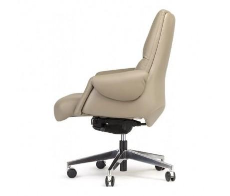 Кресло руководителя Бенуа М